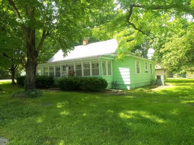 701 E Hadley Street, Aurora, MO 65605 (MLS #60164899) :: Sue Carter Real Estate Group