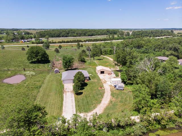 355 Wade Drive, Rogersville, MO 65742 (MLS #60164940) :: Team Real Estate - Springfield