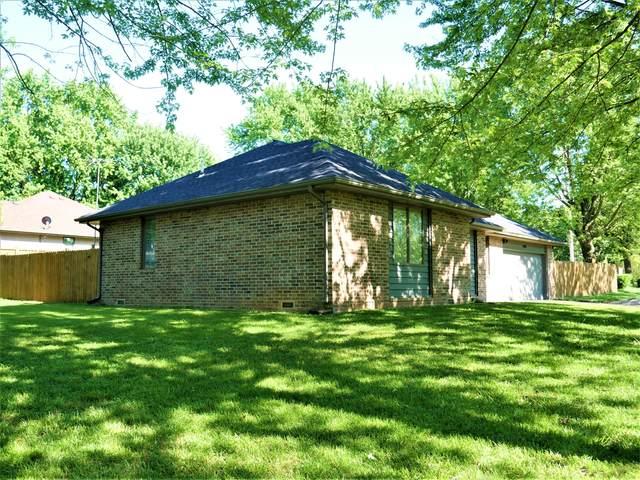 1695 Porter Avenue, Aurora, MO 65605 (MLS #60164953) :: Sue Carter Real Estate Group