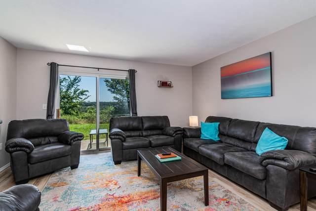 2911 Vineyards Parkway #2, Branson, MO 65616 (MLS #60165053) :: The Real Estate Riders