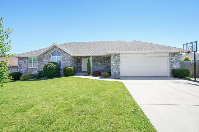 5046 S Greenfield Avenue, Battlefield, MO 65619 (MLS #60165071) :: The Real Estate Riders