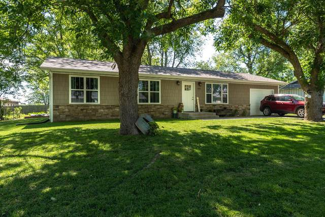 908 Patten Street, Mt Vernon, MO 65712 (MLS #60165072) :: The Real Estate Riders