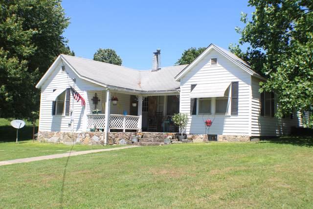 4956 County Road 4490, Pomona, MO 65789 (MLS #60165154) :: Weichert, REALTORS - Good Life