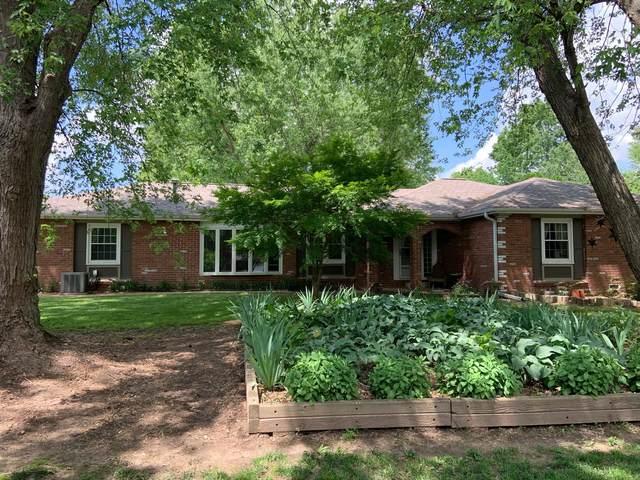 3229 W Grayrock Drive, Springfield, MO 65810 (MLS #60165200) :: Weichert, REALTORS - Good Life