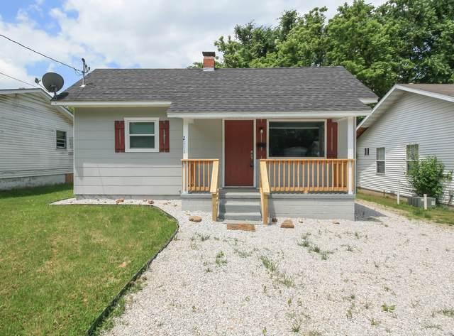 2111 N Albertha Avenue, Springfield, MO 65803 (MLS #60165211) :: Weichert, REALTORS - Good Life
