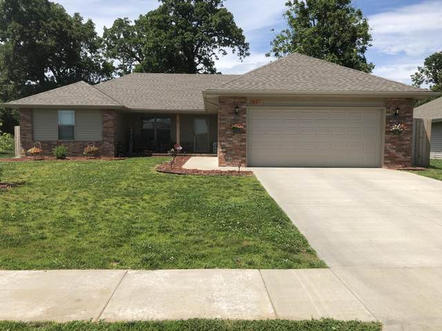 451 W Melody Lane, Republic, MO 65738 (MLS #60165400) :: The Real Estate Riders