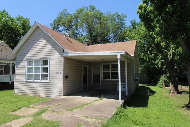 1109 Webster Avenue, West Plains, MO 65775 (MLS #60165466) :: Weichert, REALTORS - Good Life