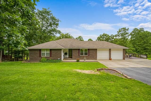 1729 Hawthorn Drive, Marshfield, MO 65706 (MLS #60165636) :: Sue Carter Real Estate Group
