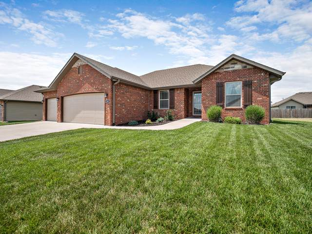 883 Capitol Hill Drive, Rogersville, MO 65742 (MLS #60166473) :: Clay & Clay Real Estate Team