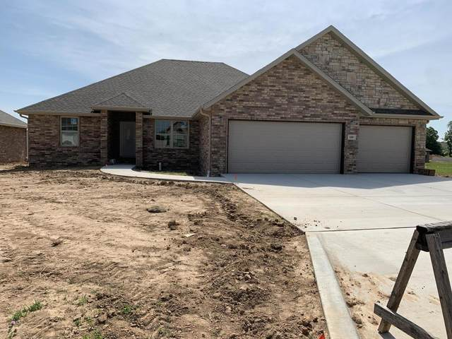 608 N Bonda Way, Nixa, MO 65714 (MLS #60166547) :: Clay & Clay Real Estate Team