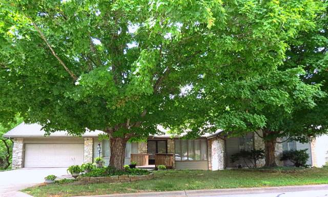 2832 S Versailles Avenue, Springfield, MO 65804 (MLS #60167245) :: Clay & Clay Real Estate Team