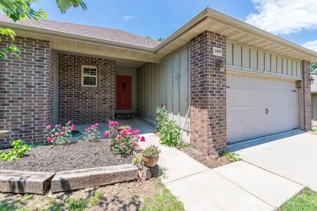 1095 S 21st Avenue, Ozark, MO 65721 (MLS #60167555) :: Sue Carter Real Estate Group