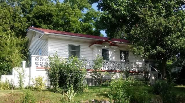800 Gravel Street, Cassville, MO 65625 (MLS #60167603) :: Weichert, REALTORS - Good Life