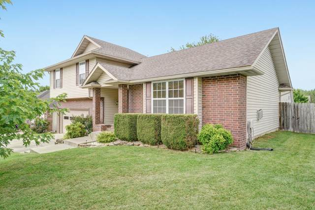 120 N Cedarwood Avenue, Republic, MO 65738 (MLS #60167699) :: Team Real Estate - Springfield
