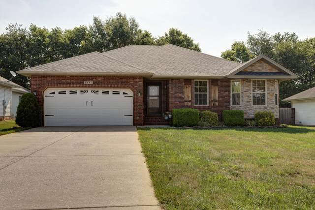 3854 S Hillsdale Avenue, Springfield, MO 65807 (MLS #60167766) :: Clay & Clay Real Estate Team