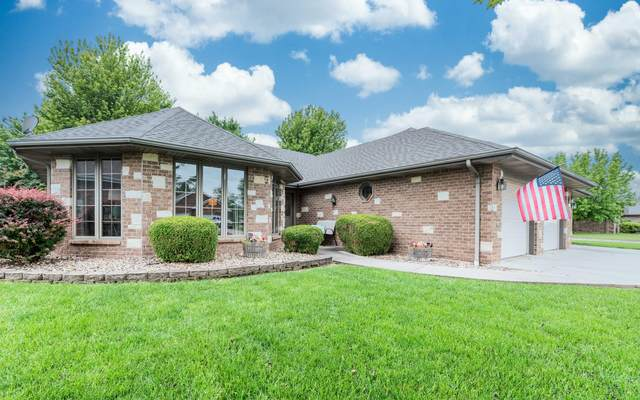 1505 S Meadow Lane, Bolivar, MO 65613 (MLS #60167775) :: Team Real Estate - Springfield