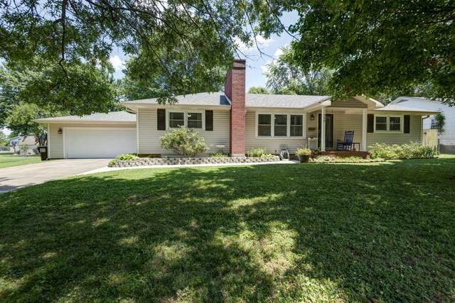 220 S Park Avenue, Aurora, MO 65605 (MLS #60167861) :: Sue Carter Real Estate Group