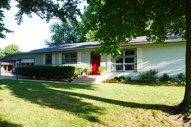 916 W Hadley Street, Aurora, MO 65605 (MLS #60167995) :: Weichert, REALTORS - Good Life