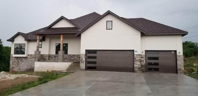 802 W Georgia Street, Nixa, MO 65714 (MLS #60168628) :: The Real Estate Riders