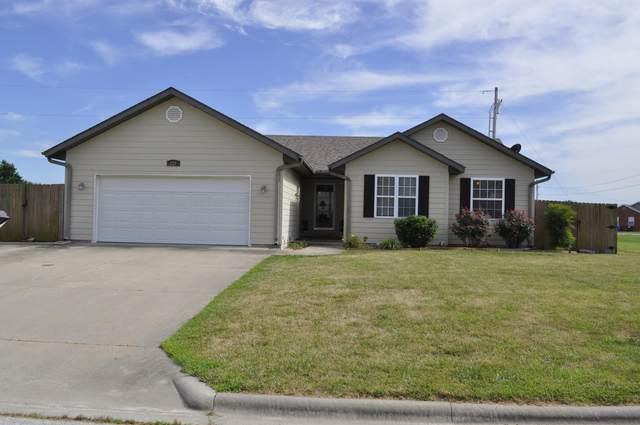 920 W Stewart Street, Bolivar, MO 65613 (MLS #60169106) :: Sue Carter Real Estate Group