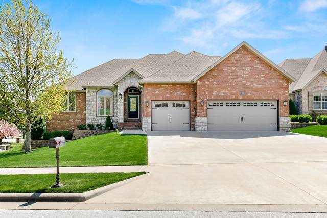 2963 S Camber Avenue, Springfield, MO 65809 (MLS #60169243) :: The Real Estate Riders
