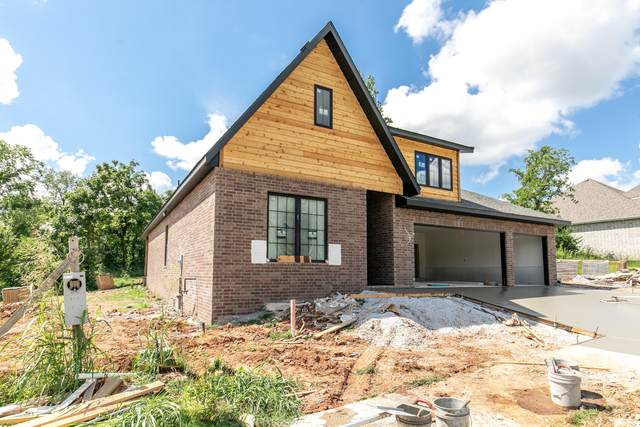 3802 E Woodhue Street, Springfield, MO 65802 (MLS #60169366) :: The Real Estate Riders