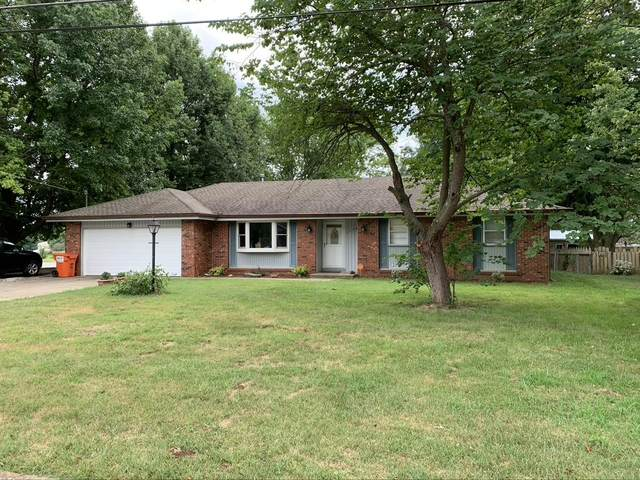 1154 E Darby Place, Springfield, MO 65810 (MLS #60169719) :: Clay & Clay Real Estate Team