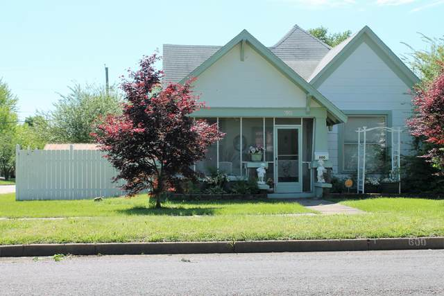600 4th Street, Monett, MO 65708 (MLS #60169867) :: Team Real Estate - Springfield