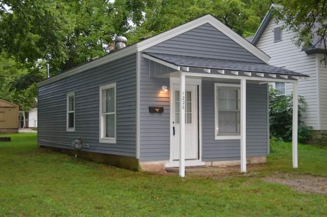 1226 W Thoman Street, Springfield, MO 65803 (MLS #60169939) :: The Real Estate Riders