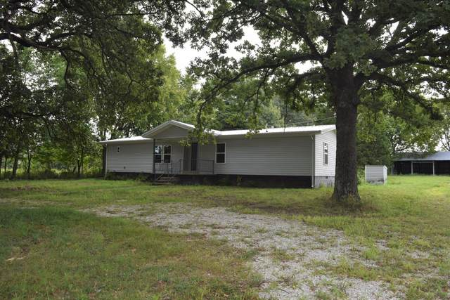 15711 Finch Drive, Neosho, MO 64850 (MLS #60170324) :: Sue Carter Real Estate Group