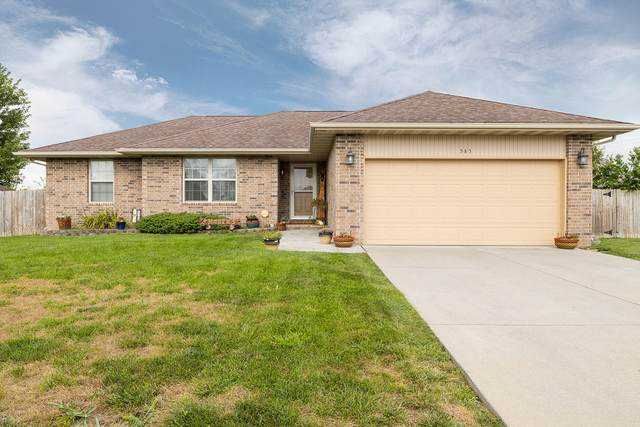585 Mayberry Avenue, Republic, MO 65738 (MLS #60170417) :: Sue Carter Real Estate Group