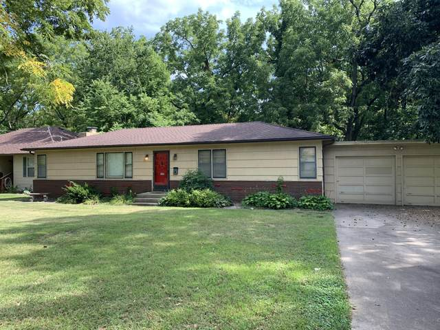 1410 W Bennett Street, Springfield, MO 65807 (MLS #60170427) :: Sue Carter Real Estate Group