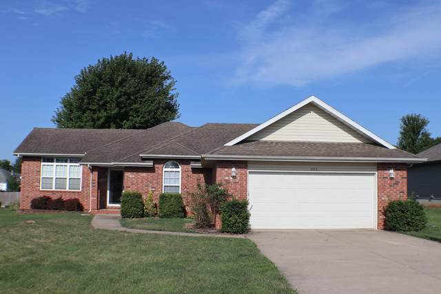 605 W Chandler Drive, Willard, MO 65781 (MLS #60170676) :: Evan's Group LLC