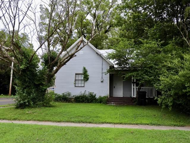 2256 N Taylor Avenue, Springfield, MO 65803 (MLS #60170758) :: Weichert, REALTORS - Good Life