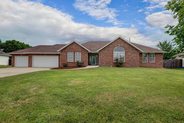 3267 W Kingsley Street, Springfield, MO 65807 (MLS #60170868) :: Sue Carter Real Estate Group