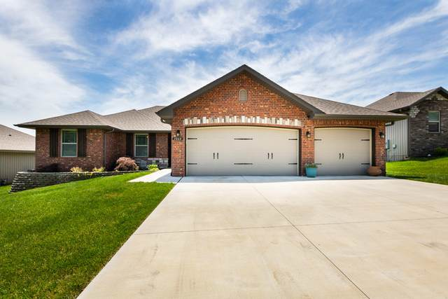 1064 E Lakota Street, Nixa, MO 65714 (MLS #60170895) :: Team Real Estate - Springfield
