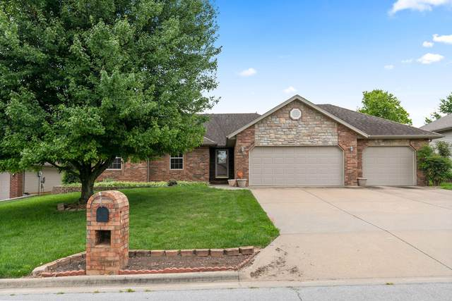 3232 W Grandview Street, Springfield, MO 65803 (MLS #60171019) :: Evan's Group LLC