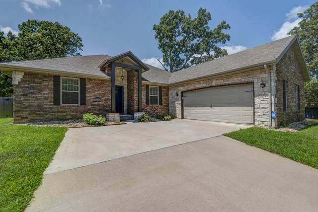 1075 S 21st Avenue, Ozark, MO 65721 (MLS #60171105) :: Team Real Estate - Springfield