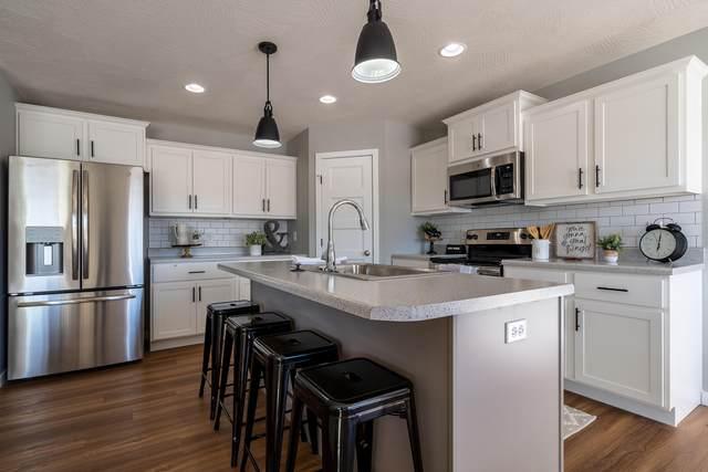 1078 E Lakota Drive, Nixa, MO 65714 (MLS #60171657) :: Sue Carter Real Estate Group