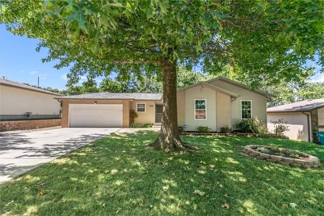 5749 S Ferguson Avenue, Springfield, MO 65810 (MLS #60171790) :: The Real Estate Riders