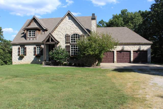 7607 N Angler Lane, Strafford, MO 65757 (MLS #60171843) :: Clay & Clay Real Estate Team