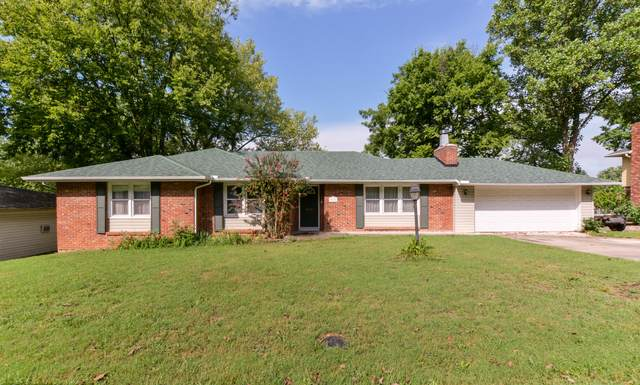 3111 S Lochlomond Drive, Springfield, MO 65804 (MLS #60172844) :: The Real Estate Riders