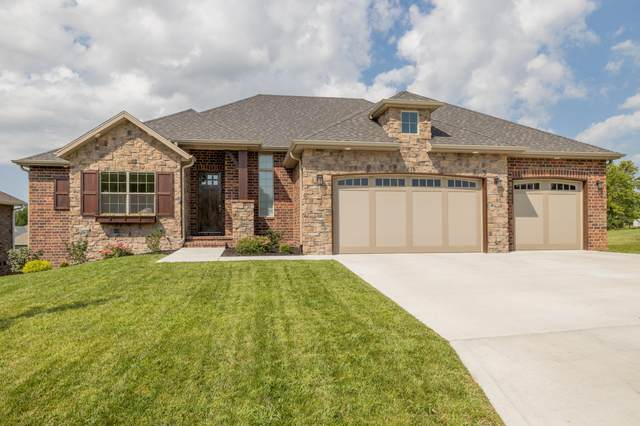 715 S Hickory Drive, Springfield, MO 65809 (MLS #60172942) :: The Real Estate Riders