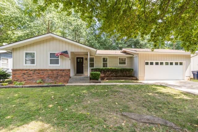 1020 S Paula Avenue, Springfield, MO 65804 (MLS #60173241) :: Clay & Clay Real Estate Team