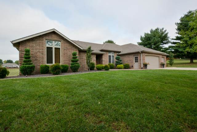 3907 N Bobolink Drive, Ozark, MO 65721 (MLS #60173843) :: Clay & Clay Real Estate Team