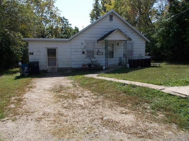 608 E Main Street, Buffalo, MO 65622 (MLS #60174395) :: The Real Estate Riders