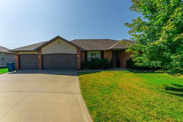 2158 E Chelsea Street, Republic, MO 65738 (MLS #60174450) :: Winans - Lee Team | Keller Williams Tri-Lakes