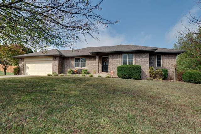 1905 S 11th Avenue, Ozark, MO 65721 (MLS #60174581) :: Team Real Estate - Springfield