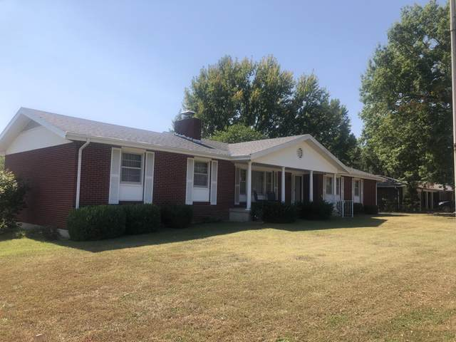 860 E Bedford Street, Marshfield, MO 65706 (MLS #60174620) :: Team Real Estate - Springfield