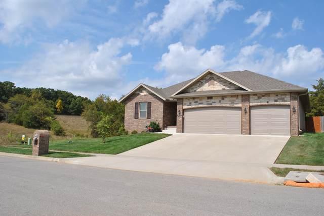 1079 E Lakota Street, Nixa, MO 65714 (MLS #60174654) :: Clay & Clay Real Estate Team